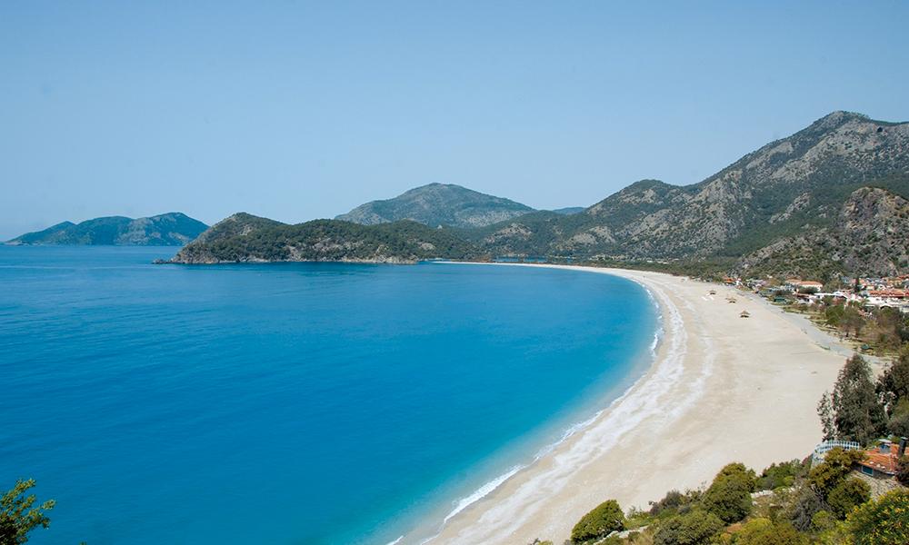 Turen starter ved den vakre stranden i Öludeniz. Foto: Ronny Frimann
