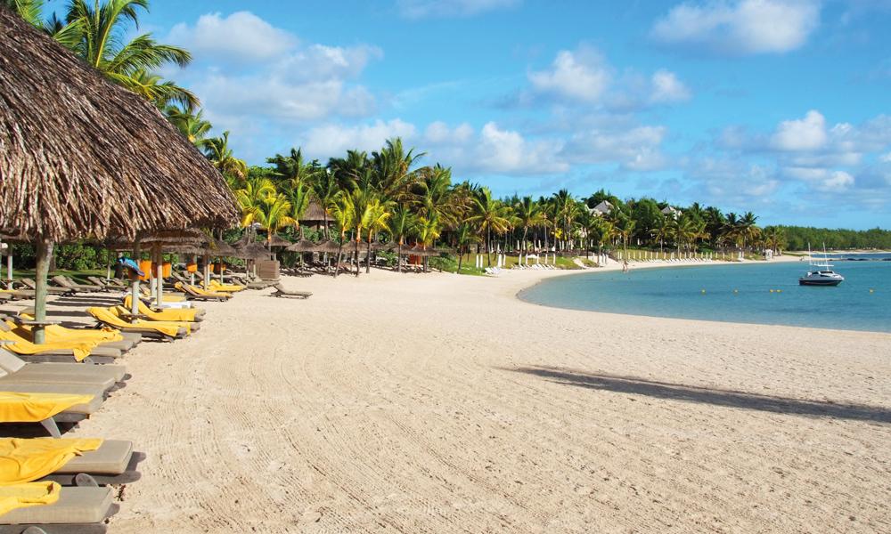 Øya Mauritius er omgitt av lange, vakre strender, men ingen er så fine som Belle Mare på østkysten. Foto: Ronny Frimann