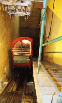 """Inne i fjellet går Gaustadbanen, den tidligere militære """"heisen"""" som nå er åpen for publikum. Foto: Ronny Frimann"""