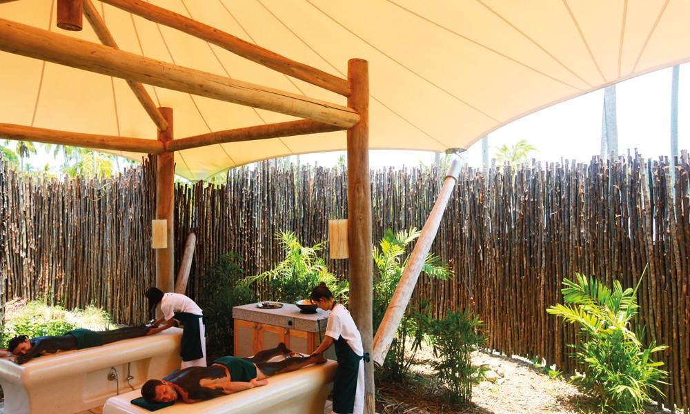 På Six Senses Spa kan man få en velgjørende skrubb, basert på jungelens egne råvarer. Foto: Six Senses