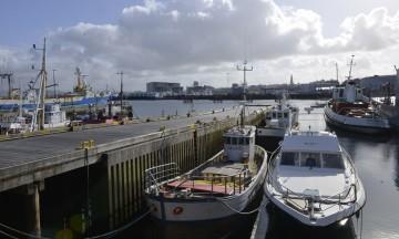 Den gamle havna i Reykjavik har fortsatt båter til kai. Foto: Gjermund Glesnes