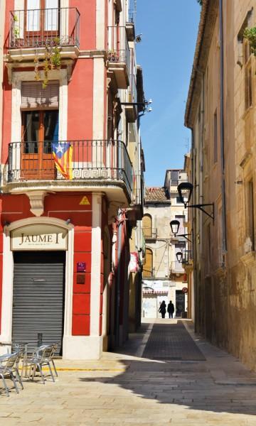 Vilafranca del Penedès er vinområdets største by – med et koselig sentrum som i seg selv er verdt en rusletur. Foto: Gjermund Glesnes