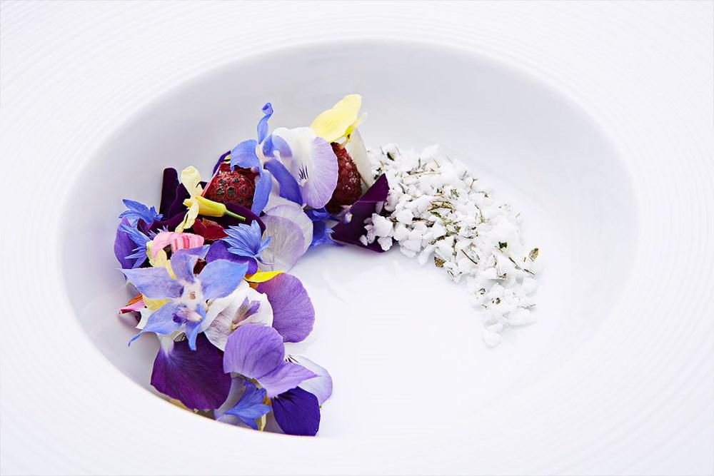 Stockholm og København har nå like mange restauranter i Michelin-guiden, de har også like mange stjerner. Dette bildet er fra danske Geranium som har to stjerner i guiden. Foto:Claes Bech Poulsen / Geranium