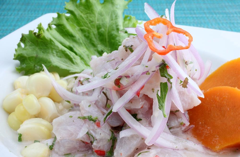 Ceviche er rå fisk marinert i sitrus - og et must i Lima.
