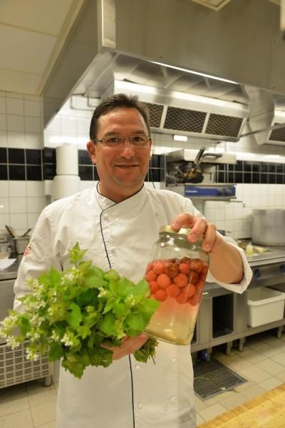 PM & Vänners sjefskokk Anders Lauring har tidligere jobbet på flere topprestauranter i Oslo. Foto: Gjermund Glesnes