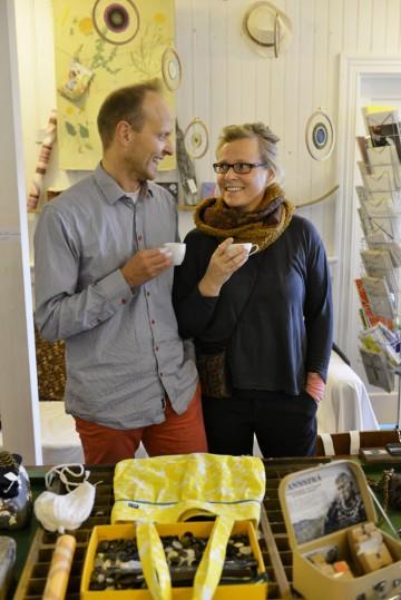 Målet med butikken Flóra er å gi kundene kontakt med kunstnere. Foto: Gjermund Glesnes