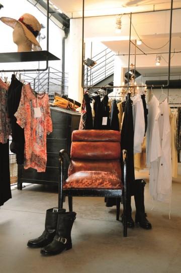 Spesielle butikker er en av hovedgrunnene til å besøke Marais. Gå ikke glipp av konseptbutikken Merci. Foto: Torild Moland