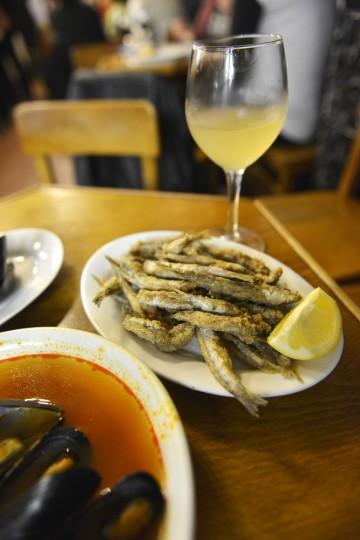 Valencia_blaskjell-og-grillede-sardiner_La-Pilareta_Foto-Gjermund-Glesnes