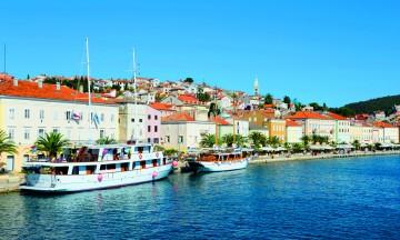 Cruise er den perfekte måten å oppleve de mange øyene i Kroatia på. Foto: Torild Moland