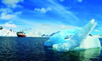 På cruise til Antarktis er det der landet slutter at eventyret begynner. Foto: Ronny Frimann