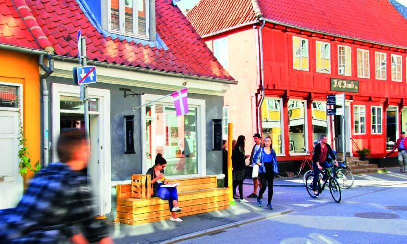4. Århus