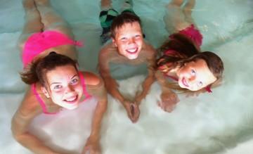 Vann er alltid en vinner: Spaet på Vildmarkshotellet er populært for hele familien. Foto: Testpanelet