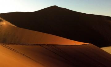 Den stille Sossusvleiørkenen er kanskje det som gjør mest inntrykk av alt i Namibia. Foto: Hans Thomas Holm
