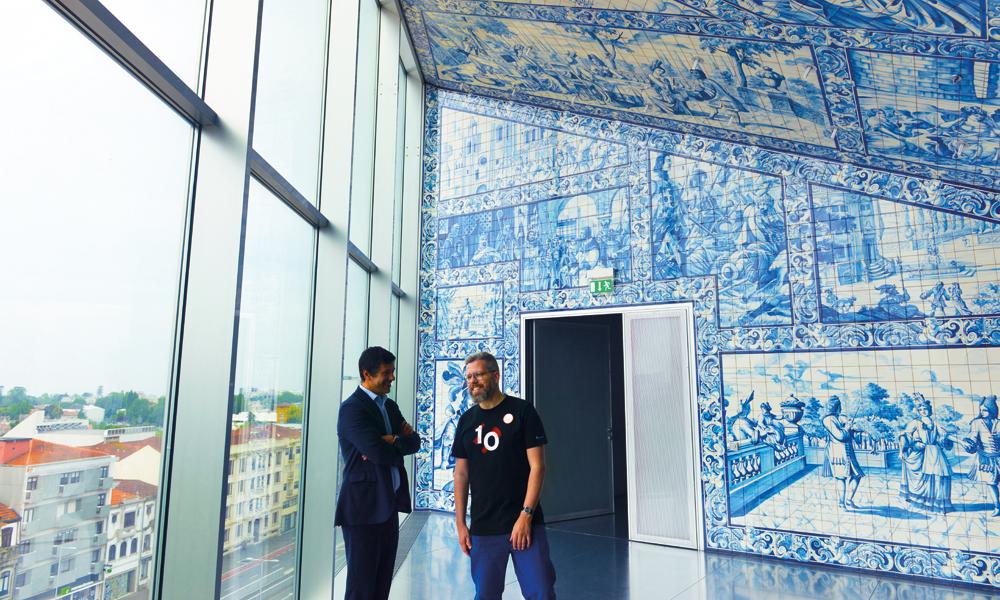 Kunstferdige detaljer får plass også i nye bygg, som Casa da Música. Foto: Gjermund Glesnes