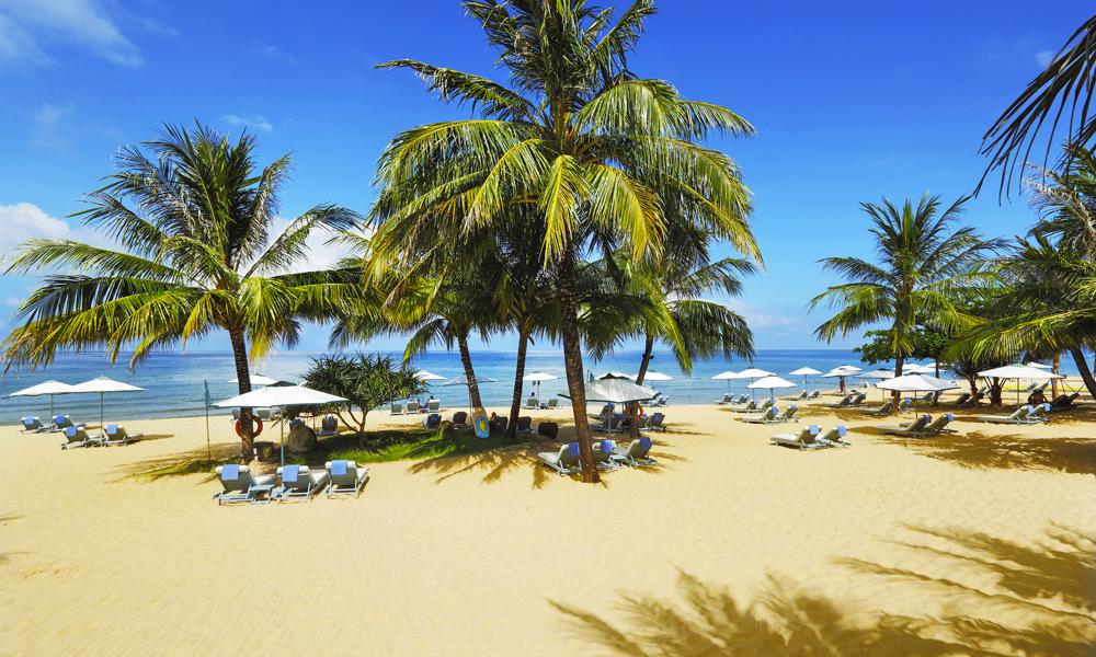 Noe av poenget med å reise til en øy, er å tilbringe late dager på stranda. Og det kan du definitivt på Phu Quoc. Foto: La Veranda Resort