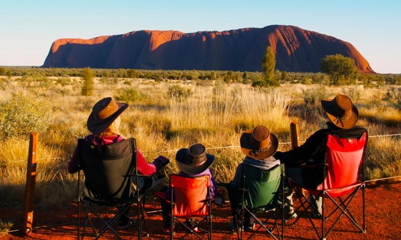20. Gjennom outbacken - Ayers Rock, Australia