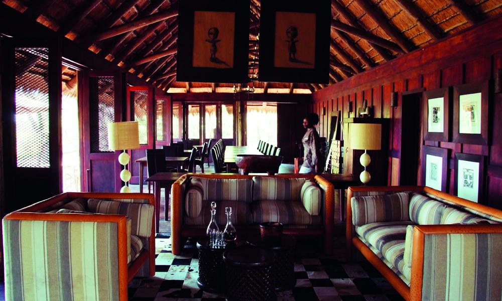 Nxabega er en av de eldste og mest dyresikre resortene i Okavango, med tradisjonell afrikansk stil. Foto: Torild Moland
