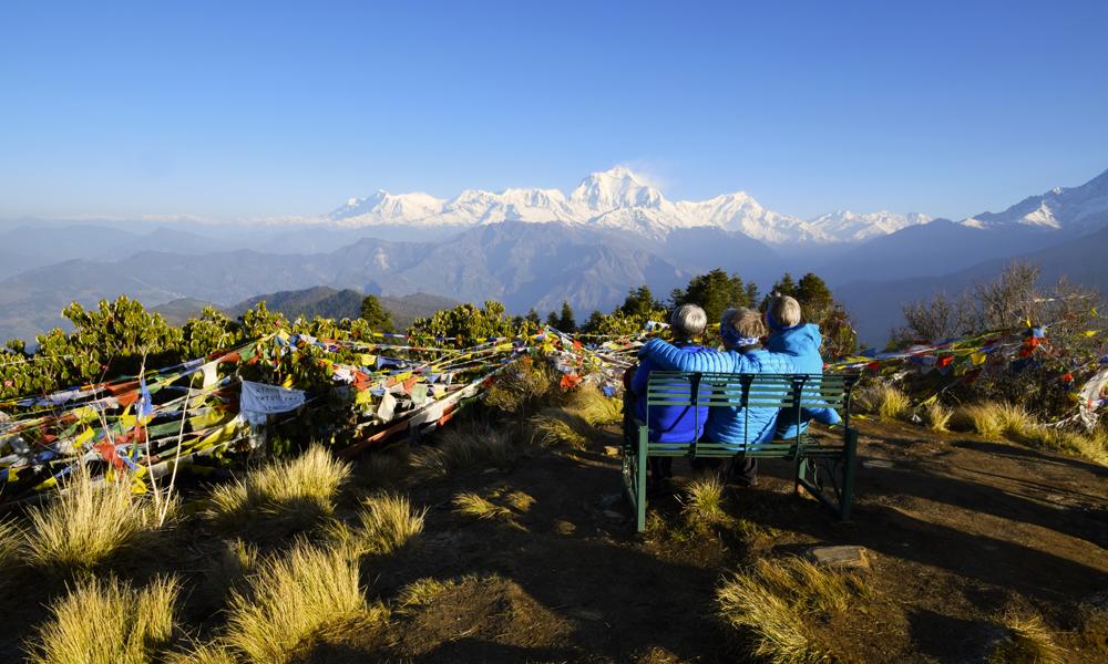 Fra turens høyeste punkt, Poon Hill, er det magisk utsikt over noen av verdens høyeste fjelltopper. Utsikten er nok for oss.... Foto: Mari Bareksten