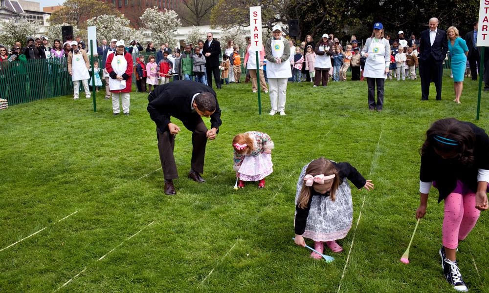President Obama var med på eggerullingen i 2009. Foto: Wikimedia