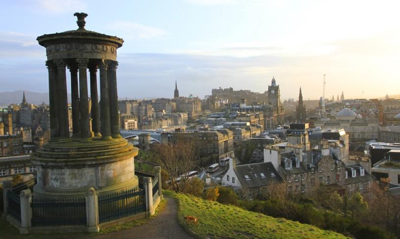 2. Under jorda i Edinburgh
