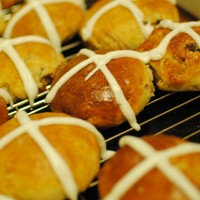 Engelske «Hot Cross Buns». Foto: Wikimedia