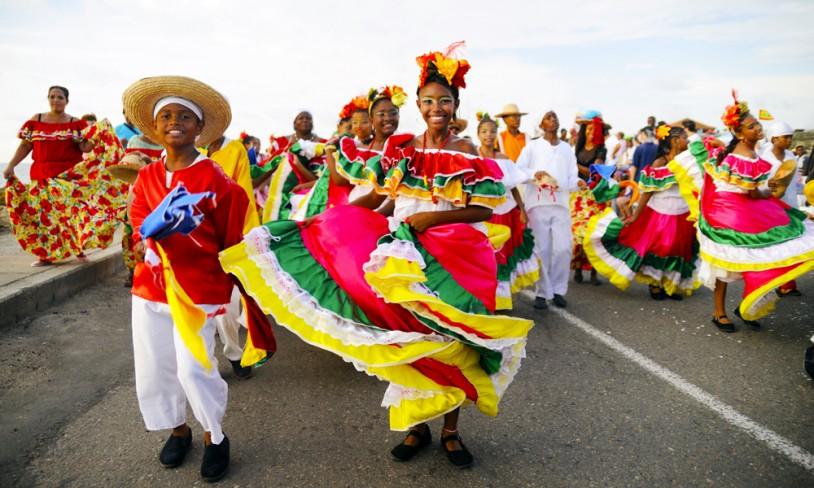 11. Dansende gjennom Panamakanalen