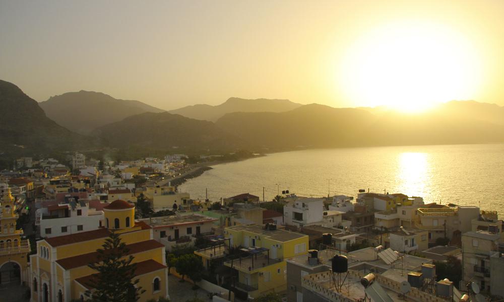 Det er lite som kan slå en soloppgang på Kreta om våren. Foto: Kjersti Vangerud