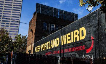 Portlands mest fotograferte murvegg oppsummerer byens ånd på en god måte: Keep Portland weird. Foto: Mari Bareksten