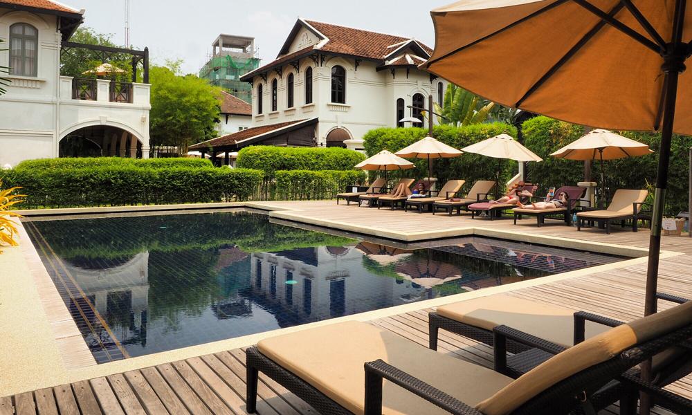 Etter et bad i bassenget på Hotell Ansara var vi klare for å bli kjent med Laos sin hovedstad.