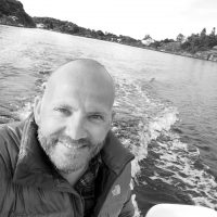 Lars Andernach Fredriksen (44) tester Laos og Vietnam.