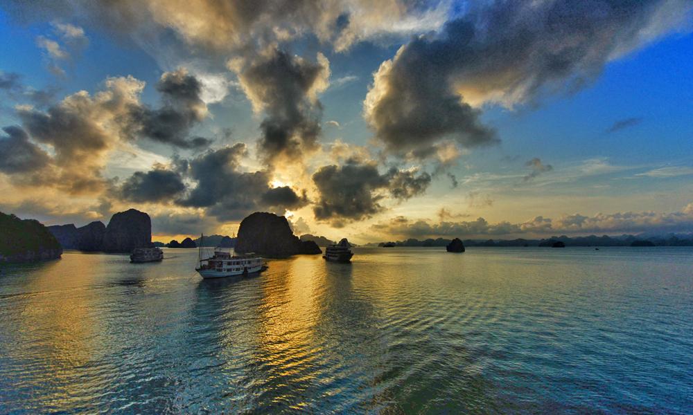 halong bay vietnam testreiser lars fredriksen  (1)