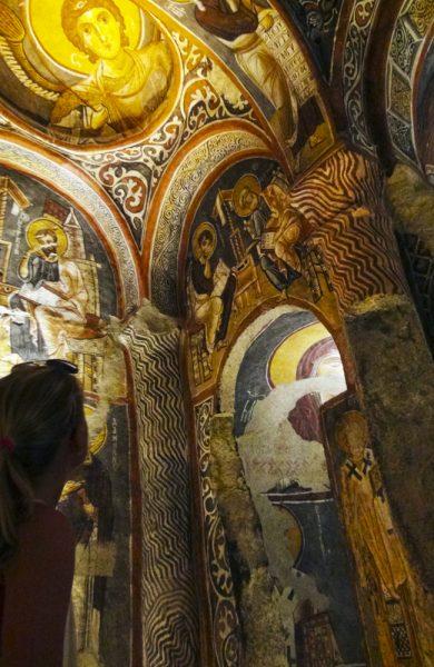 Munkene som bodde i Ihlara har etterlatt seg fantastiske kirker og vakre fresker med scener fra Bibelen.