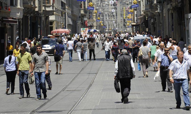 9. Spis, drikk og shop i İstiklal Caddesi