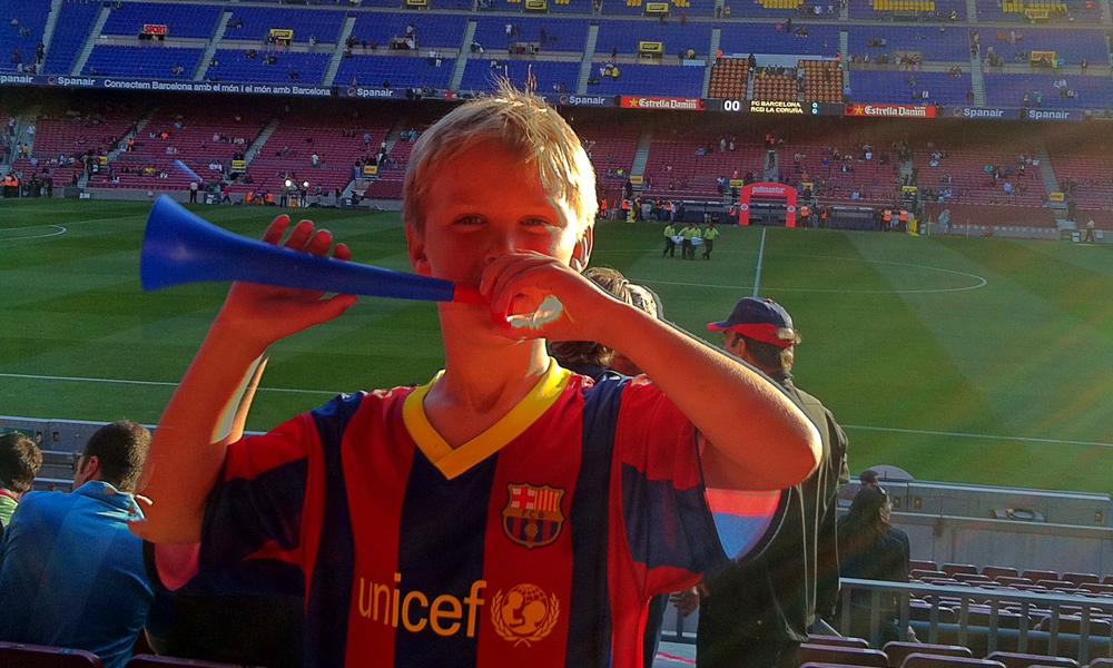 Husk! De små liker også det vi vokse liker: fotballkamp i Barcelona, massasje i Thailand...Foto: Torild Moland