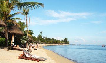 Mauritius ligger sør i Det indiske hav, og byr på flotte strender og eksotisk kultur. Her er det lett å hygge seg. Foto: Torild Moland