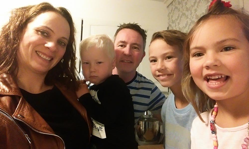 Familien Fjellbirkeland Rørvik gleder seg til å å teste Örebro i høstferien. – Ja, dette var moro!, forteller Trude. Foto: Privat