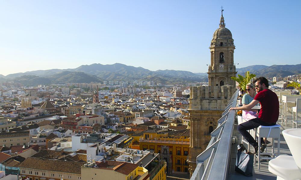 La restetorget bestemme – kanskje et nett-reisebyrå finner et nytt sted til dere langs kysten øst eller vest for Malaga? Foto: Runar Larsen