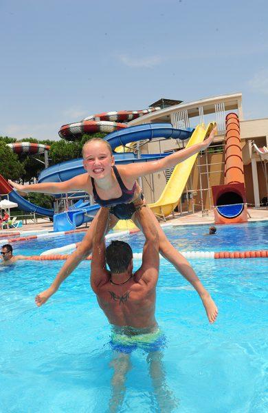 Det er fortsatt mange ledige plasser til Tyrkia, og forholdsvis gode priser på familiehotellene i og rundt Antalya. Foto: Torild Moland