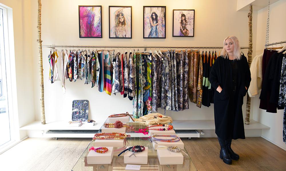 Sif Baldursdóttir er en av åtte designere som deler på butikken Kiosk. Det gir frihet til å skape, mener hun. Foto: Gjermund Glesnes