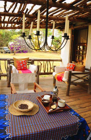 Kaffefarmen Msumbi byr på landlig luksus og avslapning i vakre omgivelser. Brenn din egen kaffe, og nyt den på terrassen med utsikt over kaffeplantasjen. Foto: Torild Moland