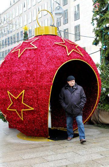 Det er jul over hele byen i Berlin i desember –både i, rundt og utenfor de mange markedene. Foto: Ida Anett Danielsen