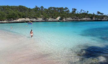 """""""Alle"""" vil til Mallorca i sommer, så det lønner seg å bestille ferien allerede nå.  Foto: Torild Moland"""