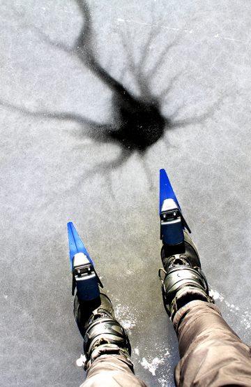 Isen er som et stort kunstlerret – som hele tiden forandrer seg. Foto: Ida Anett Danielsen