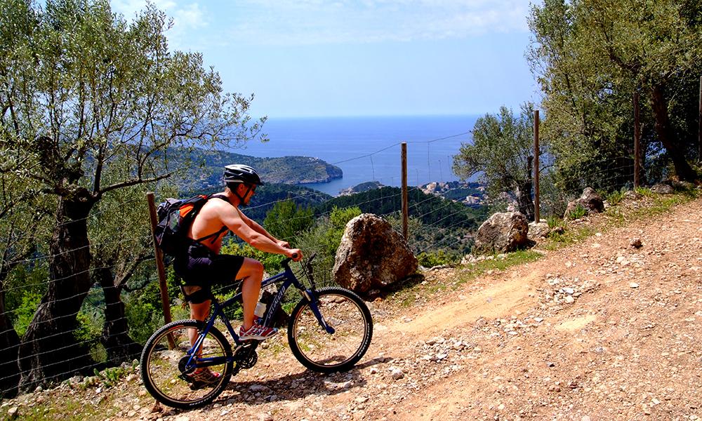 En sykkeltur i Tramuntana er perfekt for de som liker å være aktive på ferie. Foto: Torild Moland