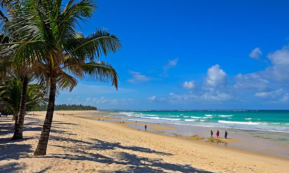 Om man ønsker kan dagene i Malindi også tilbringes langflat i solen her. Foto: Magical Kenya