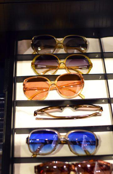 Både Johnny Depp, Brad Pitt og George Clooney skal ha kjøpt briller av Thierry. Foto: Mari Bareksten
