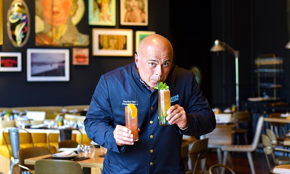 Tony Abou-Ganim (56) har bidratt til at «cocktailscenen» i Las Vegas er blant landets beste. Foto: Mari Bareksten