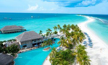 Vakre Finolhu er en av 11 nye resorter som åpnet på Maldivene i 2016. Med slik beliggenhet, blir nok stedet også populært. Foto: Finolhu