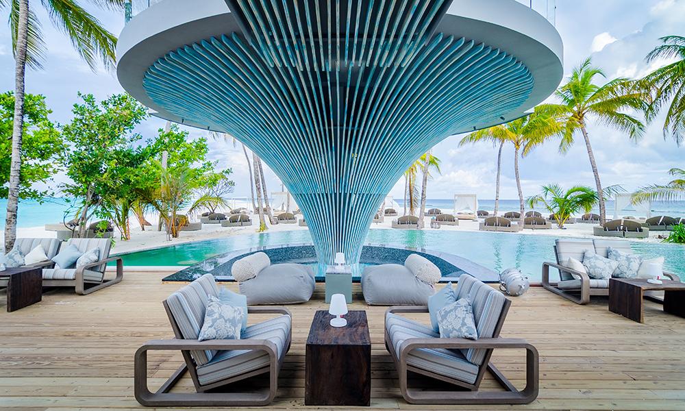 Ibiza er kommet til Maldivene, i hvert fall nesten. Baa Bar på nyåpnede Finolhu skal by på både musikk og stemning. Foto: Finolhu