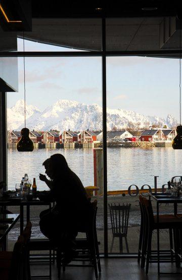 Den lille byen Svolvær har mange gode restauranter. Paleo Arctic er den ferskeste. Foto: Runar Larsen